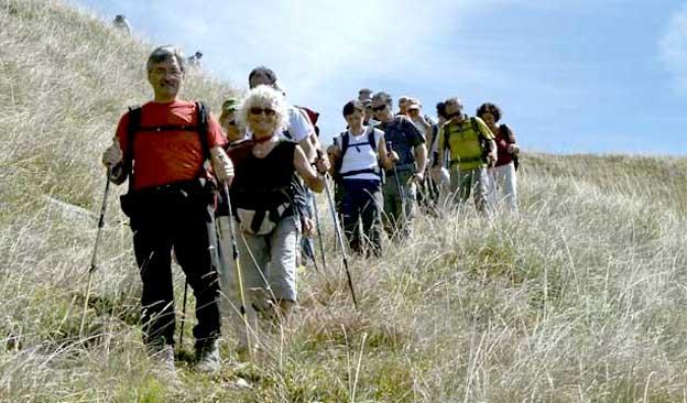 Fig.19. Un gruppo di membri del CAI di Sarzana in cammino.